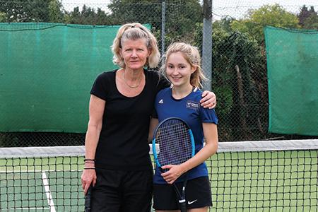 ladies-singles-chalfont-st-peter-finals-2018